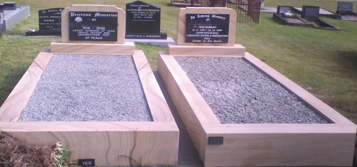 SG01 Sandstone - OG Headstone and Base - Shanxi Black Panel - Grey Chips