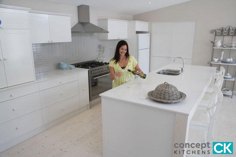 Concept Kitchens   Quantum Quartz   Luna White
